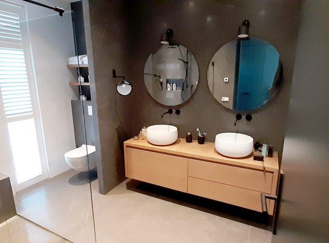 badkamer nieuwbouw wit vrijstaand huis heiloo